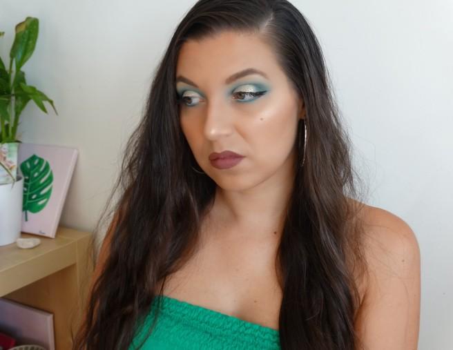 green champagne makeup long hair